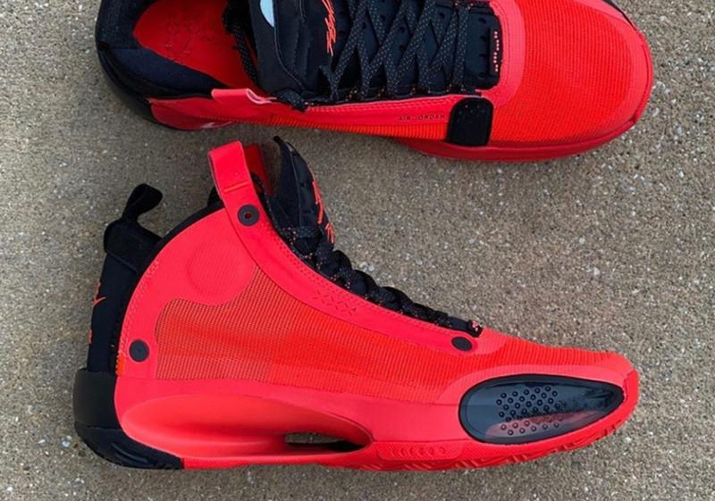 Migliori Jumpman XXXIV 34 infrarossi 23 pattini di pallacanestro 34s Zoom Bred Bianco Rosso Nero Eclissi Nero Bianco Mens Sport Sneakers con la scatola