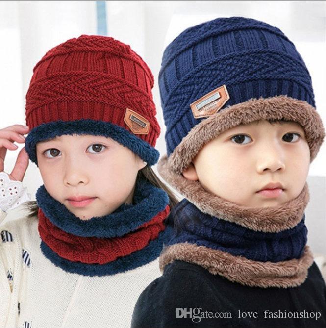 2sets enfants chapeaux d'hiver avec écharpe bonnet de laine de mode plus de velours épais Bonnet chaud Caps concepteur bébé chapeaux seau de luxe filles enfants chapeau
