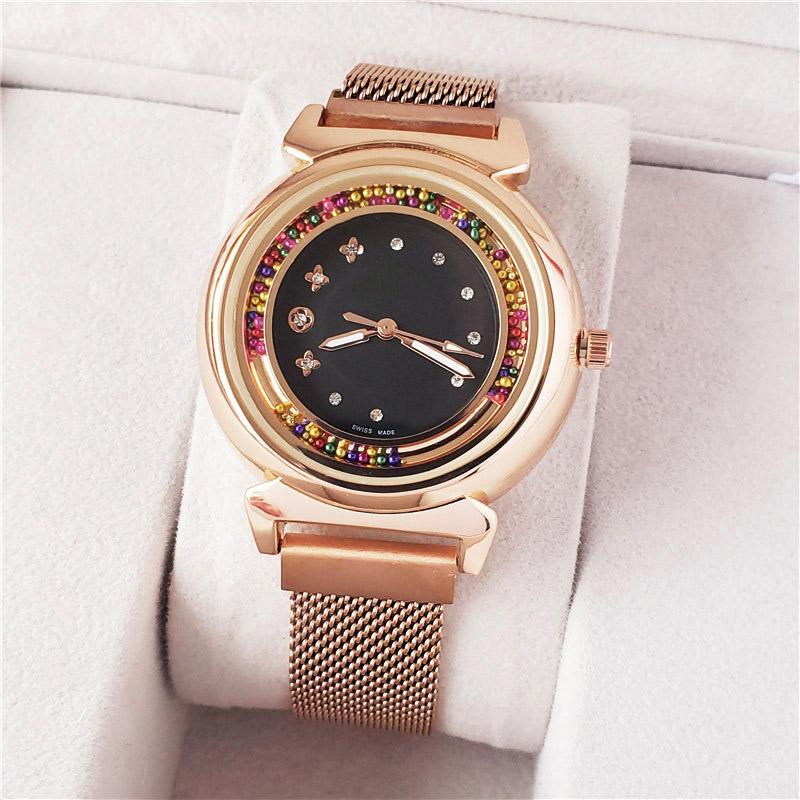 أزياء العلامة التجارية جميلة ساعات نسائية للبنات ملون نمط الكريستال الصلب الفرقة المعادن المغناطيسية الكوارتز ساعة اليد L08
