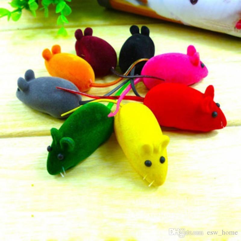 새로운 작은 장난감 장난감 소리 소리 squeak 쥐 새끼 고양이 고양이 놀이 6 * 3 * 2.5cm를위한 선물을하십시오