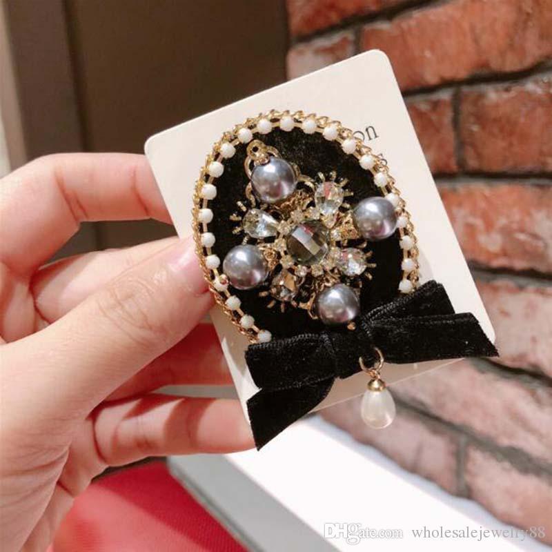 Wholesale Handmade Crystal Pearl Flower Bouquet Corsage Black Bowknot Brooch Pins Women Girl Wedding Brooch Jewelry