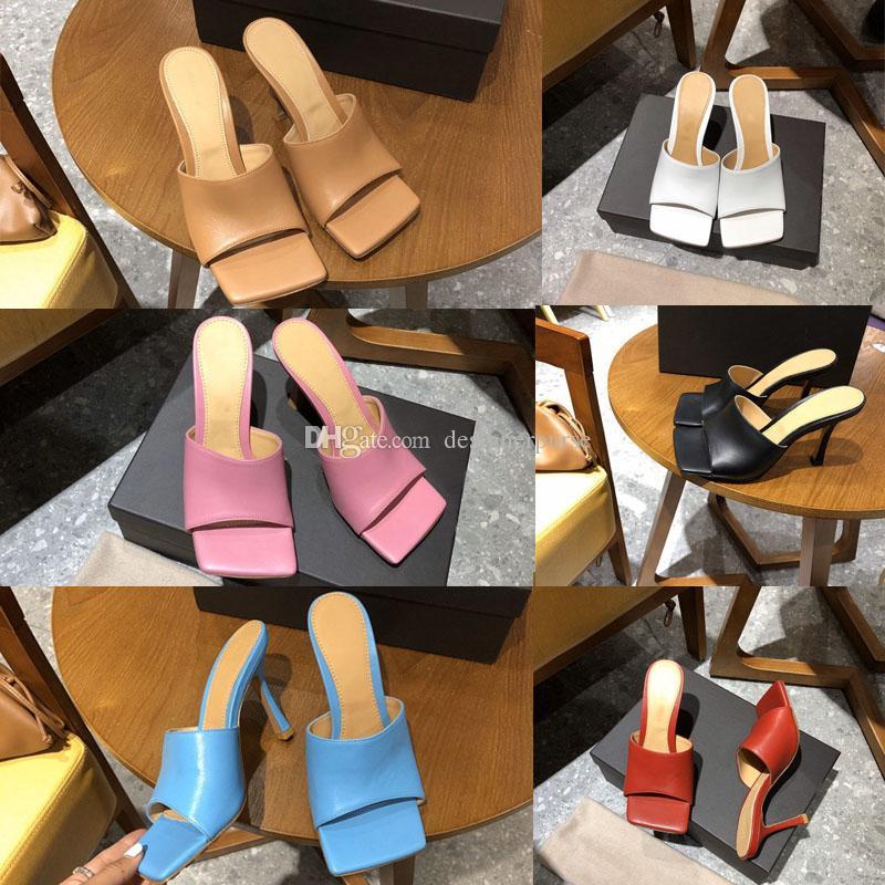 جديد 2020 مصمم صندل مربع إصبع القدم الكعب العالي صندل النساء تمتد SANDALS مصمم أزياء اللباس الفاخر شبشب جلد الأحذية