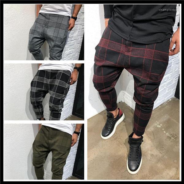 Designer Casual Calças com cordão longo Calças Lápis Moda Estilo New Homme Roupa descontraída Vestuário Mens Plaid Imprimir