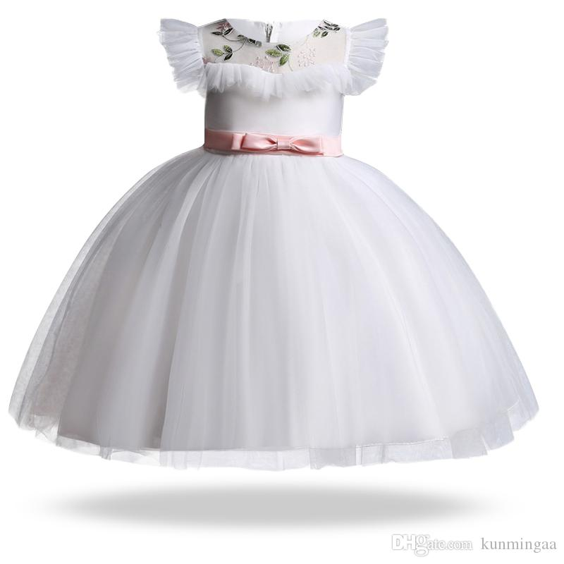 2019 Flower Baby Girls Summer Dress Abiti per bambini Per ragazze White Toddler Gown Princess Dress Party Wedding Dress 3 4 10 12 Year