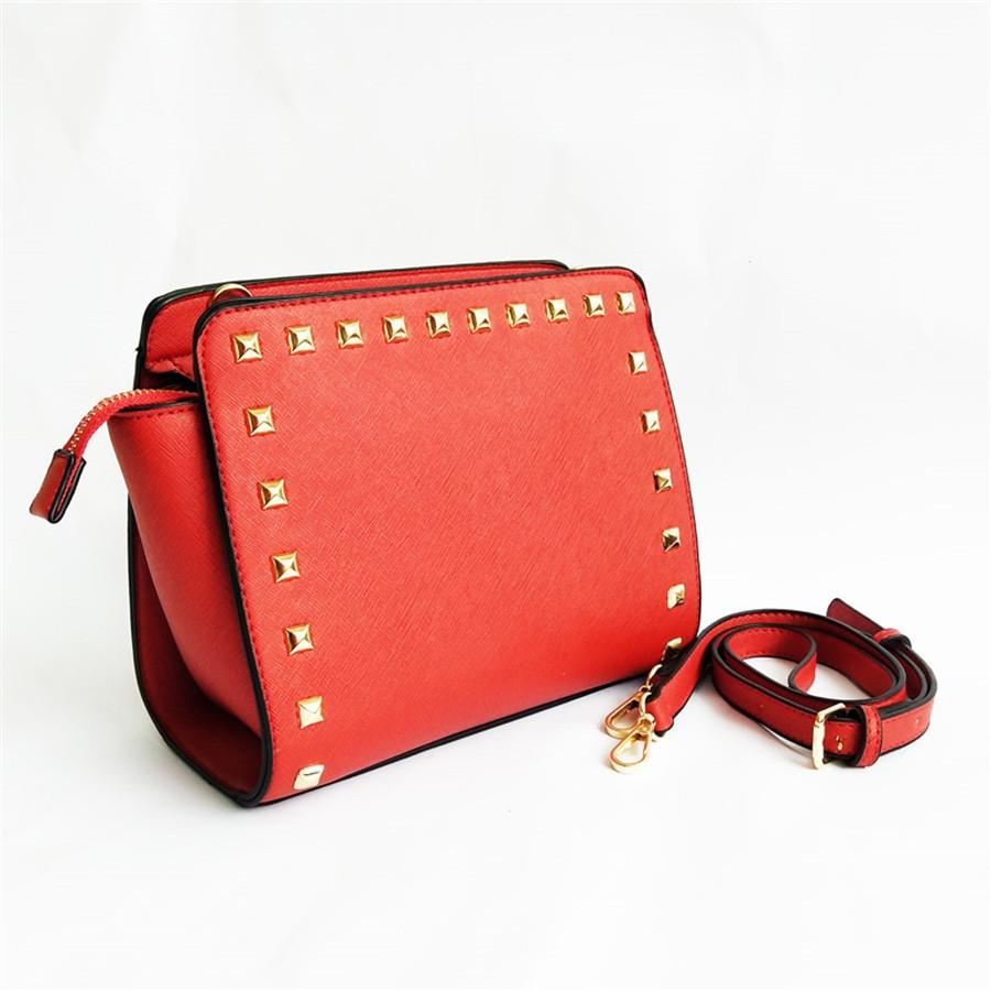 Marca Designer Handbag Heart Shaped Bag Mini Bag Ladies pequeno Rebite Ombro Crossbody Bag Cowskin Leather # 619