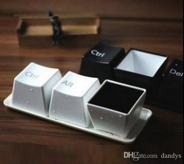 Cadeau cadeau créatif nouveauté 3 x tasse à thé pour café avec clavier, tasse en plastique pour bouton, ensemble de tasses, dandys