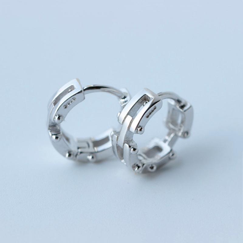 925 Sterling Silver Trendy Street Accessori Donna Uomo Orecchino ad anello Orecchino Clip da polso per le donne Gioielli in argento di moda E0828
