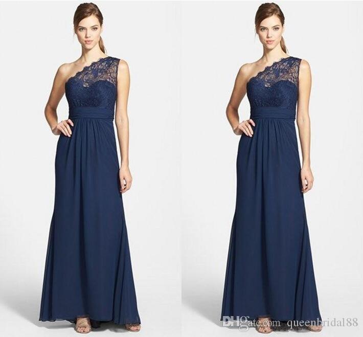 Bleu marine mousseline de mousseline de soie bleue femme de ménage d'honneur robe d'invité d'honneur une épaule dentelle robe de demoiselle d'honneur pas cher