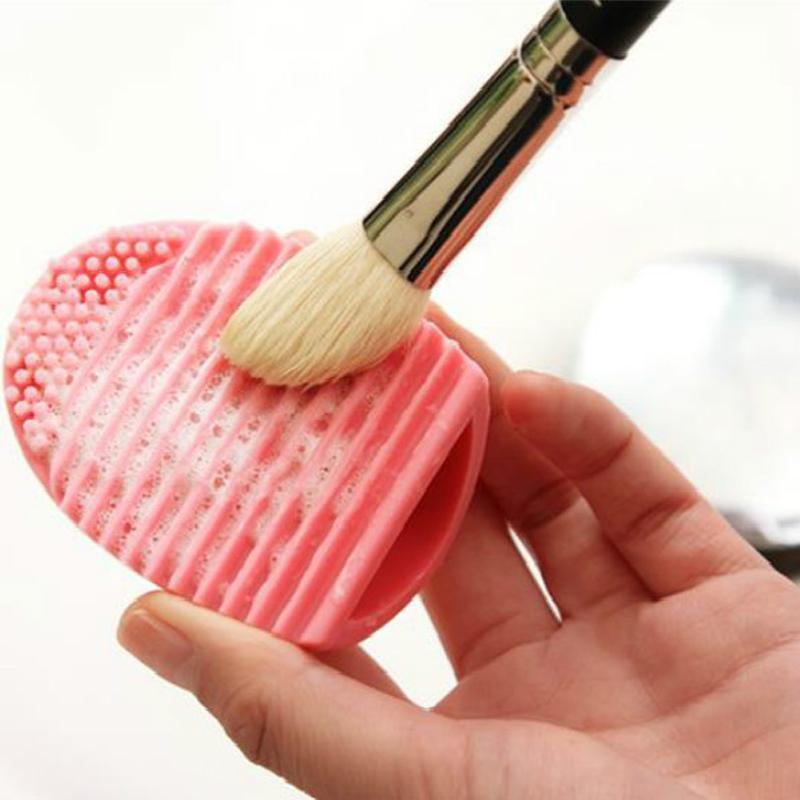 فرشاة جديدة البيض تنظيف فرشاة المكياج 1PCS أدوات نظافة غسل مستحضرات التجميل مستحضرات التجميل فرش الغسيل مجلس سيليكون فرشاة تنظيف حصيرة