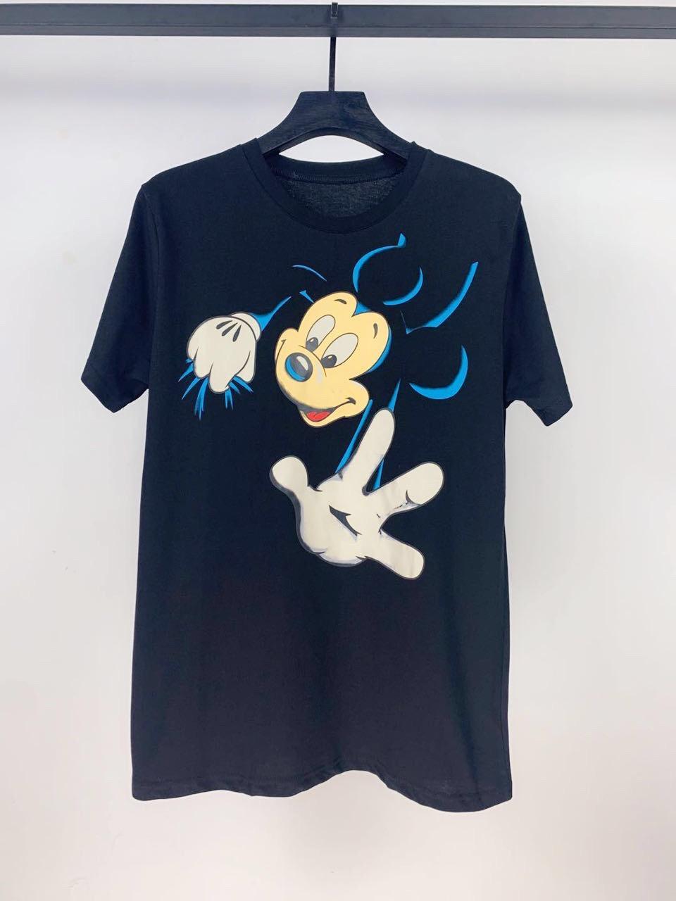 Maniche corte Designer maglietta Mens donne degli uomini modo di alta qualità uomini del ragazzo della lettera di stampa Tee .P8