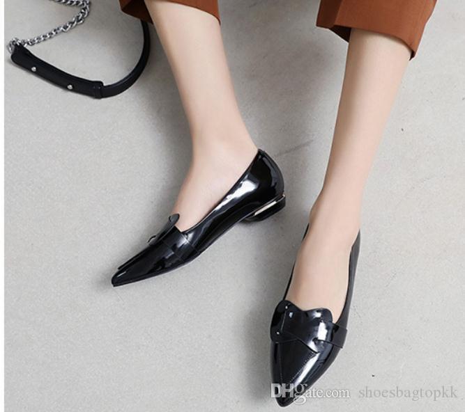 2019 yeni stil ile ilkbahar ve sonbaharda kadın ayakkabı Düşük topuk sivri uç