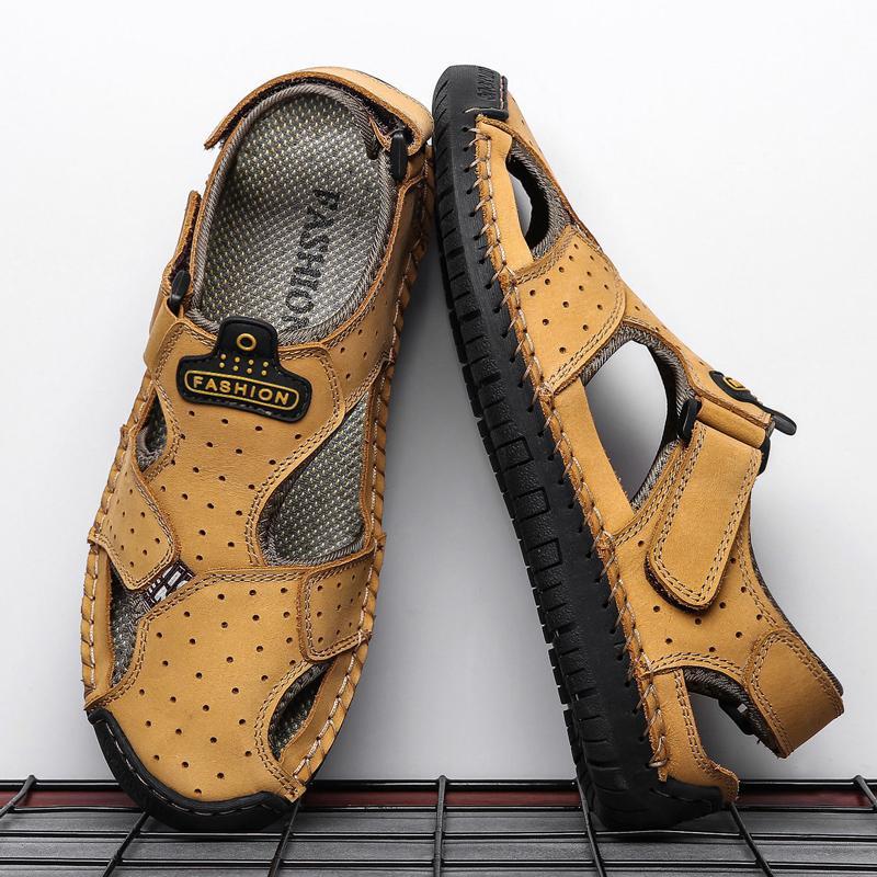 Yeni Sandalet Erkekler çevir Kalın Toka Düz Hafif Mens Yaz Slaytlar Deri Casual Walking Artı boyutu Sandalet Floplar