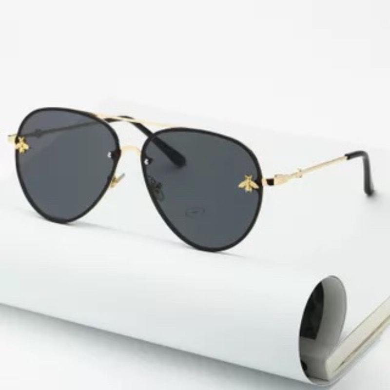 Wholesale-2019 Lentes de Sol Pequeña abeja de la venta caliente de lujo para las mujeres y los hombres lentes metal Piloto FraMirror 9 colores libres de envío