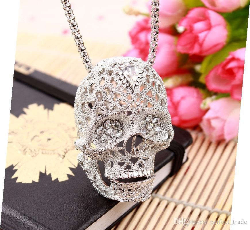 Toptan Moda Kafatası kolye Kişilik Klasik Gümüş Tasarımcı kolye Kadınlar Kolyeler Korku Takı Hediye Sıcak Satış Exaggerated