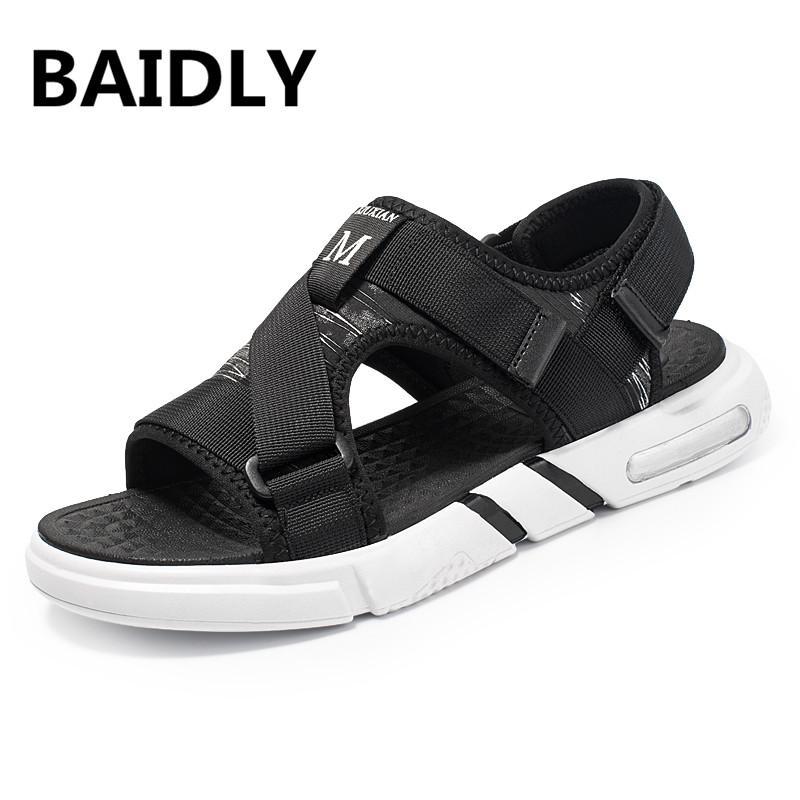 Sandálias de verão Homens Sandálias de Praia Sapatos Casuais Chinelos Ao Ar Livre Respirável Gladiador Chinelos masculinos Zapatos De Hombre