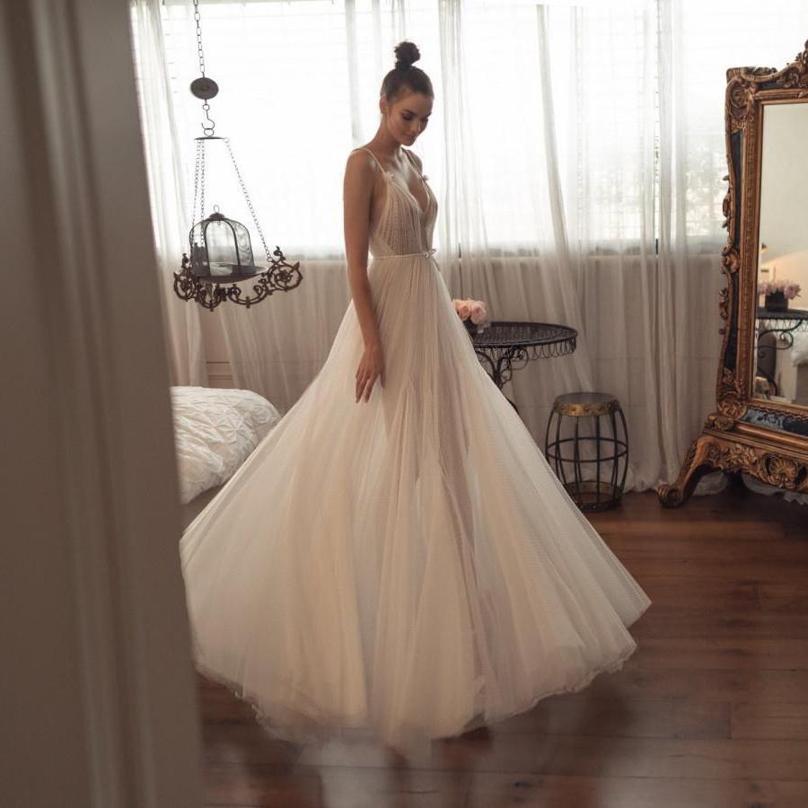 Boho una linea vestiti da sposa degli spaghetti V del collo di Tulle Abiti da sposa principessa abito da sposa a buon mercato