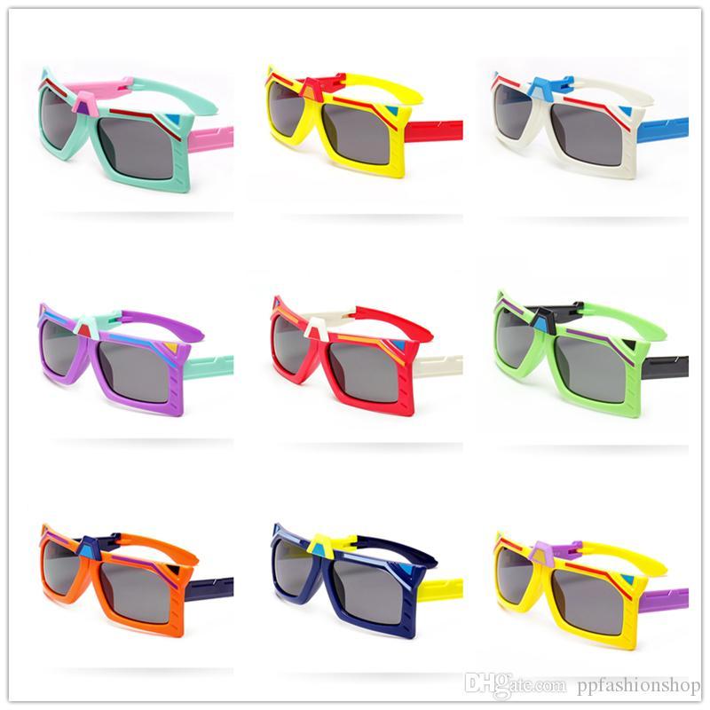 Occhiali da sole per bambini Folding Flip Transformer Shape Occhiali da sole polarizzati Occhiali anti-UV Occhiali da sole per Baby Boy Girl 3-12T