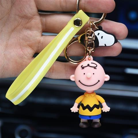 Cute Creative Pilot Dog Epoxy Keychain Grab Doll Machine Activity Gift Key Pendant Car Key Chain