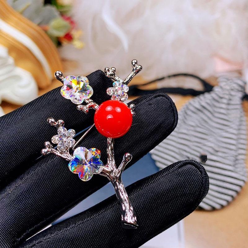 Moda- Broche Mulheres broche de luxo de jóias broche de pérolas para as mulheres de moda jóias Presente de Natal da festa de aniversário