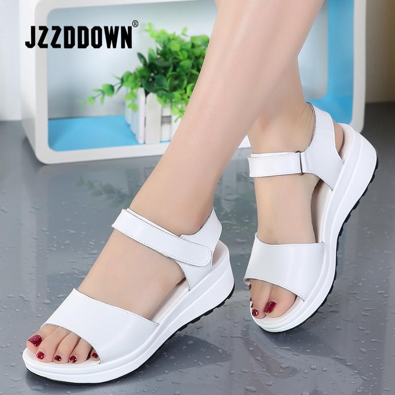 Echte Leder-Frauen Sandalen Schuhe Plattform Damen weiße Turnschuhe Sandalen Schuh 2018 Sommer geöffnet toe Fashion High Heel Schuhe CX200609