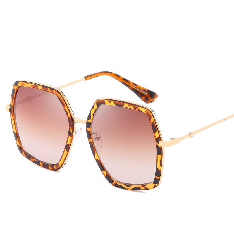 Women's Big Box Sunglasses Women's Brand Designer Big Box Sunglasses Outdoor Shade Big Fashion Classic Ladies Sunglasses Free Shipping New