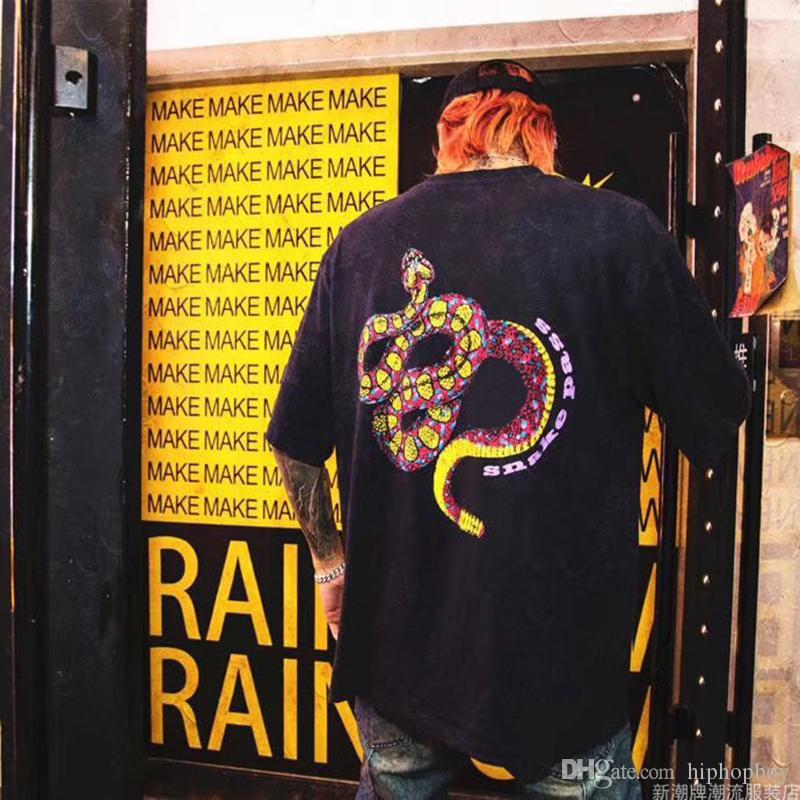 Мужская Змея печати Футболка Мода лето Мужчины Женщины высокого качества с коротким рукавом Hip Hop Мужские Стилисты вокруг шеи хлопка тройников S-XL