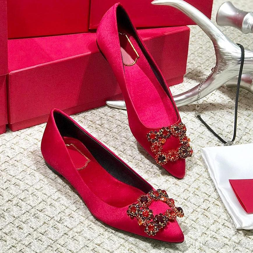 Yüksek kaliteli ayakkabılar yüksek topuklu orijinal kutu QZ'den ile sivri tabanları rhınestones düz bağcıkları logosu toz torbası düğün ayakkabı seksi kırmızı womens