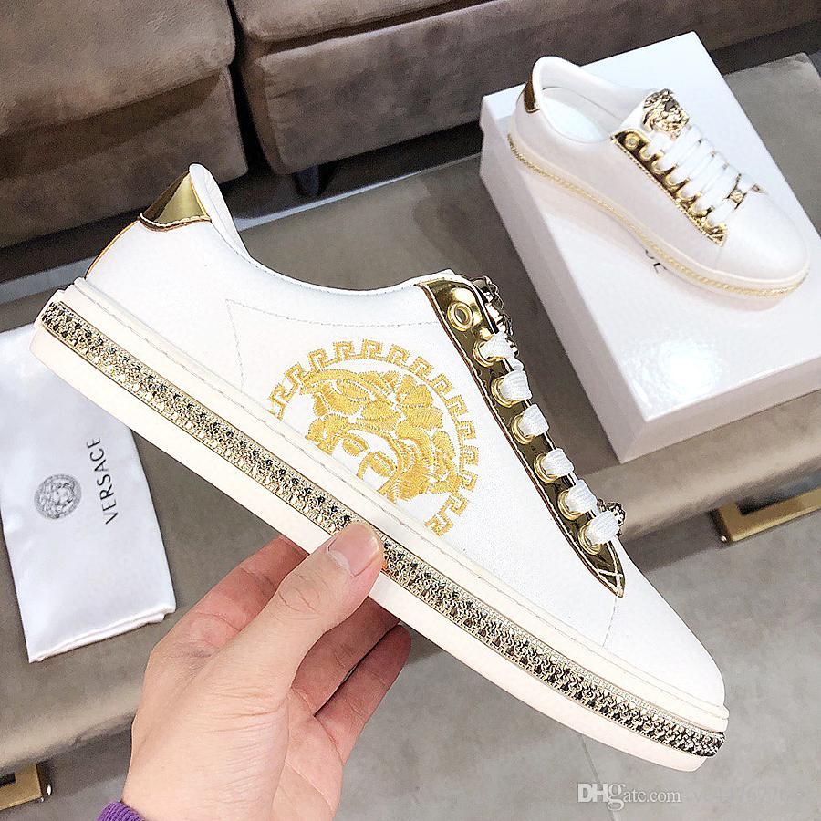 Del nuovo progettista di lusso Scarpe Ottimizzata Fashion Sneakers famosa marca di alta qualità degli uomini Lace Up scarpe da tennis correnti scarpe casual da uomo in QT