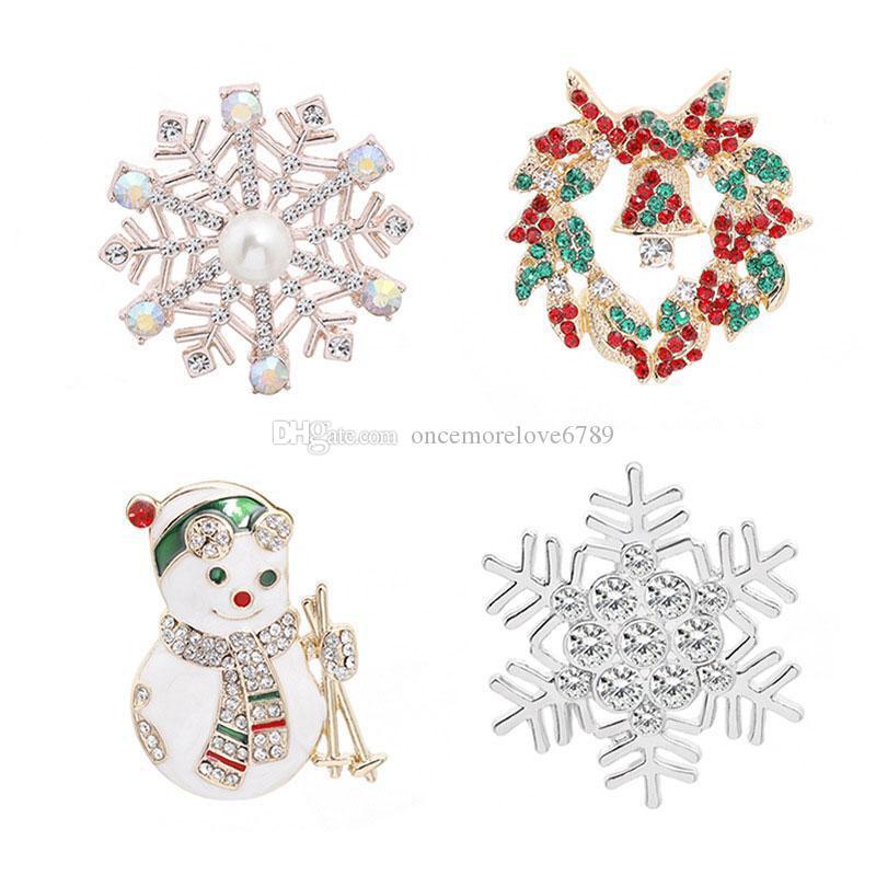 Sıcak Satış Yeni Geliş Sevimli Noel Snowman kar tanesi Kristal Alaşım Broş iğneler Kadın Erkek Korsaj Moda Takı
