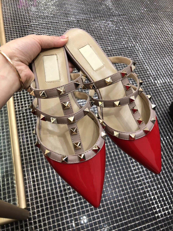 Venda-n Hot Slides Sandals coberto Rebites Verão de alta qualidade sapatos da moda 3 cores a escolher