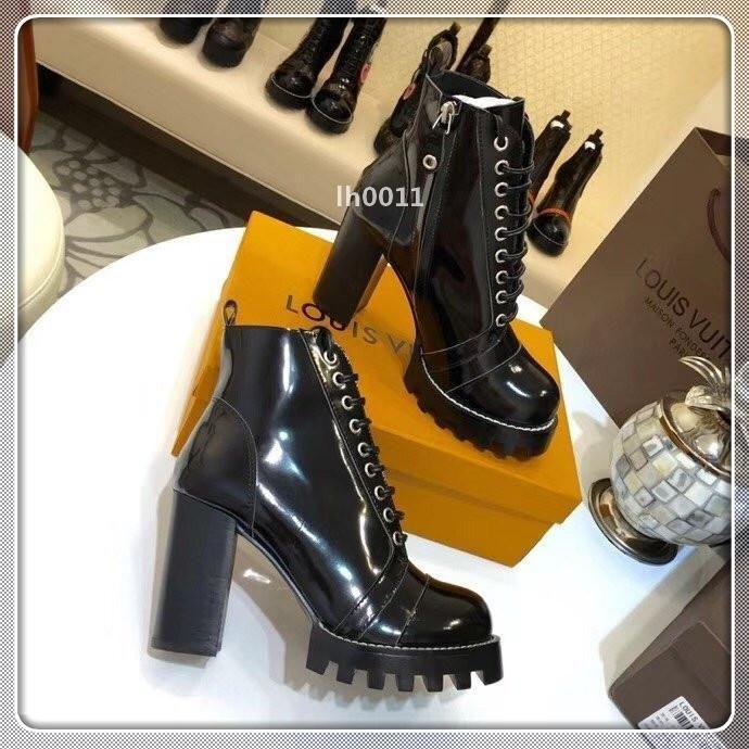 С Box Женщина Повседневная обувь Кроссовки Мода спортивная обувь Кроссовки Роскошное обувь Лучшие качества для женщин Размер 35-41