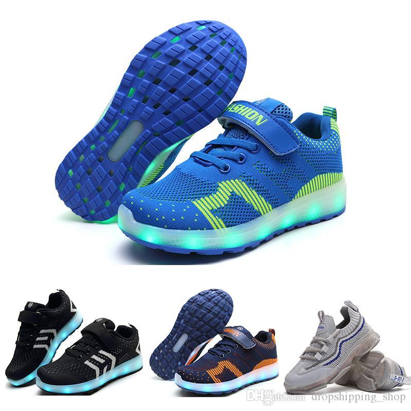 Yeni Varış Koşu Ayakkabıları Erkek ve Kız Için Beyaz Pembe Siyah Mavi Turuncu Moda Erkek Kız LED Ayakkabı Spor Sneakers 34