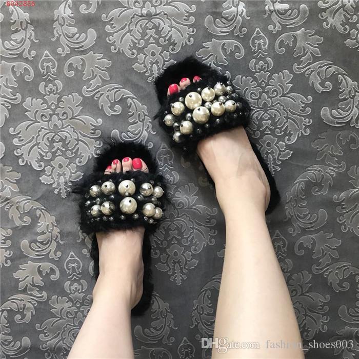 Lady automne et d'hiver pantoufles en peluche pour 2019, perle incrustées doux pantoufles plates confortables pour les dames avec la taille de la boîte 34-40