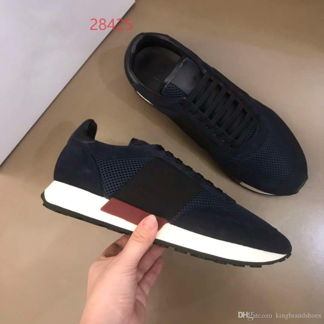conception de nouveaux sports perméables à l'air à la mode de couleur correspondant à des hommes de maille de mode chaussures de luxe chaussures hommes occasionnels espadrilles