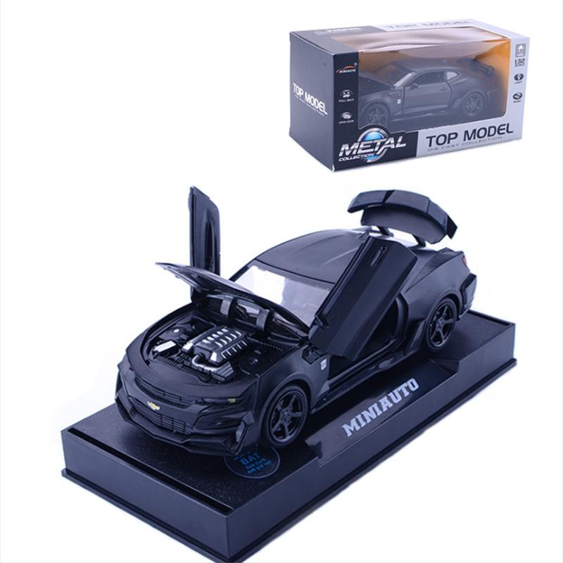 1:32 Alloy Pull Back Model Car Model Toy Sound Light Pull Back Die-cast Vehicles Toy Car Vehicle ornaments