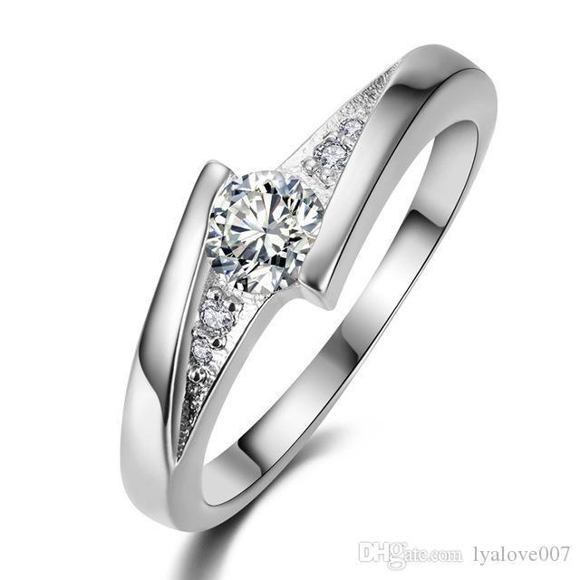 Jóias Hot amor feminino jóias anel de prata quadrado gem exquisiteMicro Praça de cristal amantes requintados mão Acessórios Factory Direct Sale