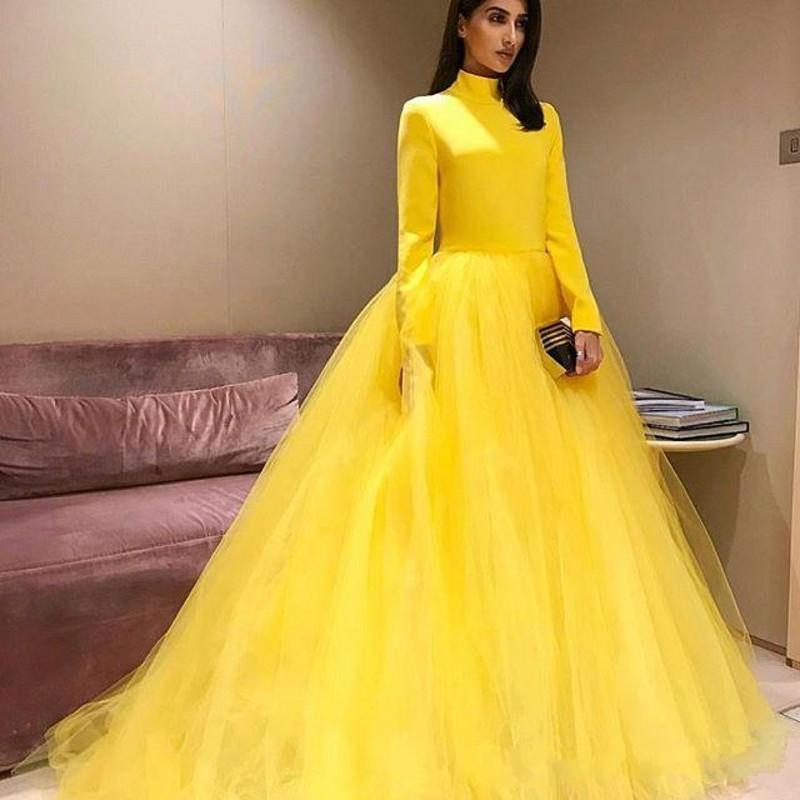 Fluffy Yellow Prom Dresses 2020 High Neck Long Sleeves Zipper Back Tulle Party Gown Glamorous South African Celebrity Evening Dresses