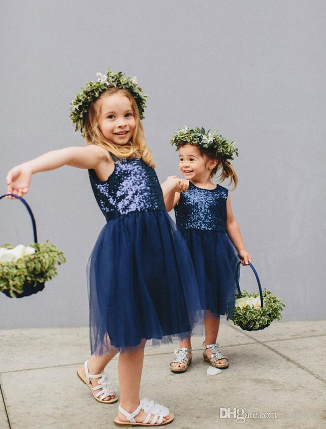 Sin mangas Glamorosa Lentejuelas Tul corto Flor niña vestidos Vestidos de niña 2019 Tulle niñas vestido del desfile Vestido de fiesta
