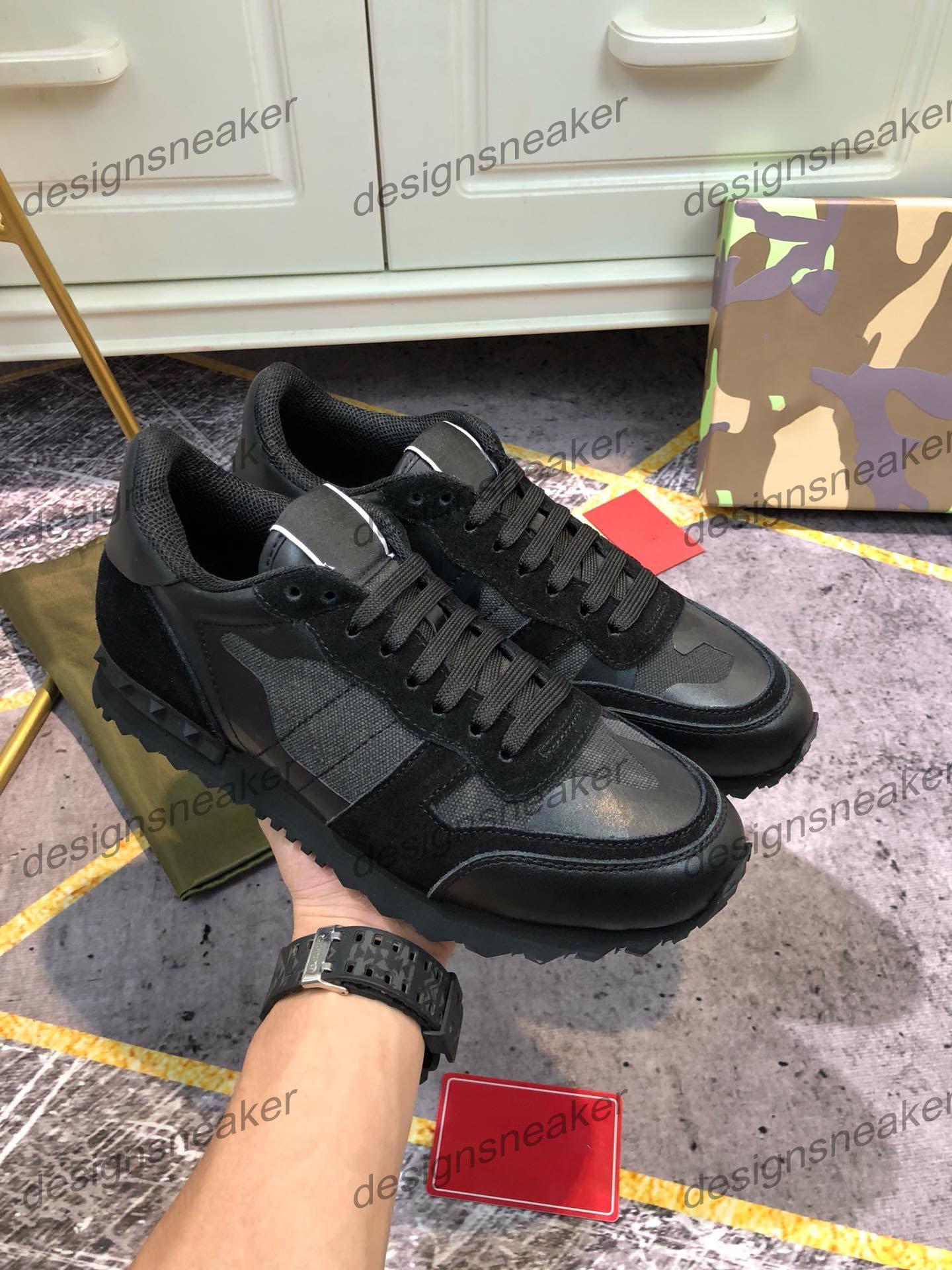 Top Mens delle donne di qualità pelle borchiata Roccia Runner scarpe da ginnastica con borchie Camo mimetico Rockrunner Formatori Casual Walking Shoes Sneakers
