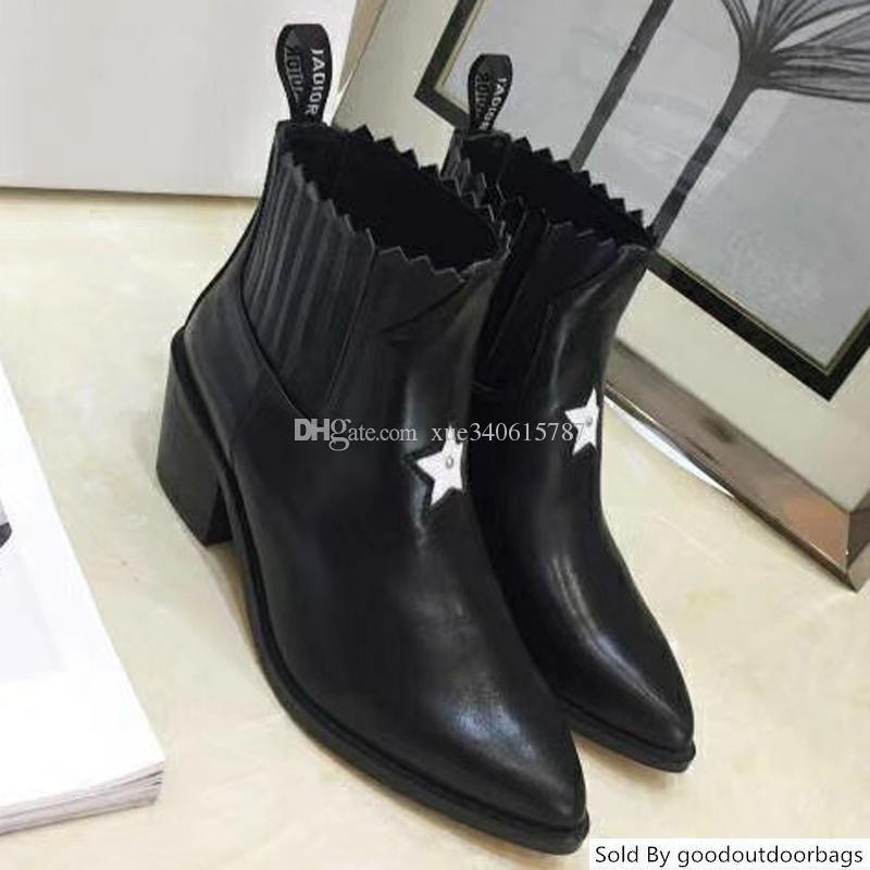 Büyük Beden Yeni Stil Sonbahar ve Kış Martin Boots Toptan marka lüks tasarımcı Kadın Ayakkabı 35-40