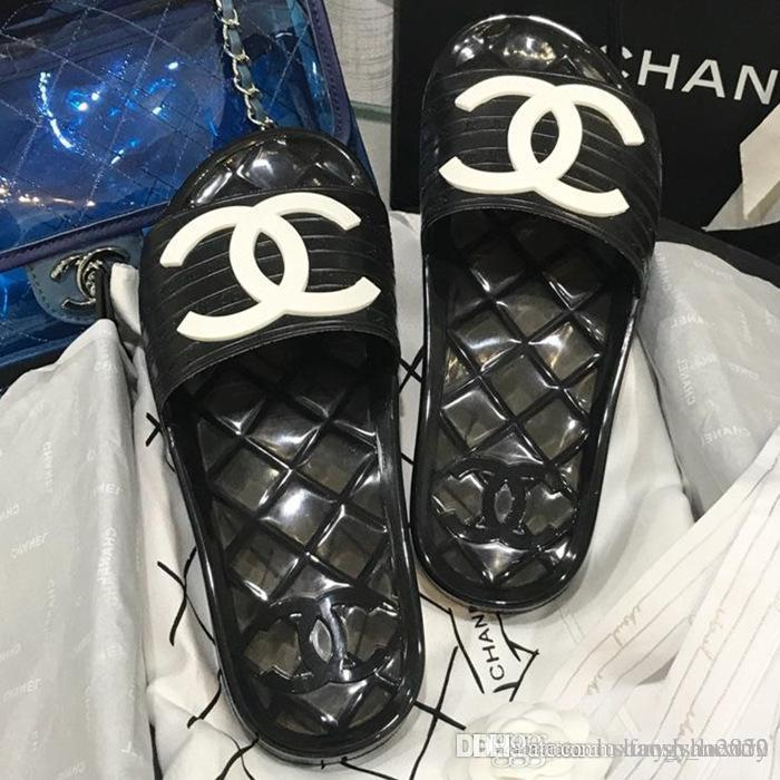 TO5 Lüks Tasarımcı Bayan Terlik Günlük Ayakkabılar Düz Deri Sandalet Ayakkabı numarası 35-41 Yürüyüş Boş Eğitmenler ücretsiz Kargo