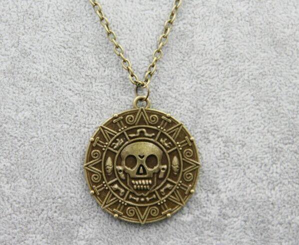 Caribbean Pirate Necklace Pendant Auniquestyle Jack Sparrow Aztec Coin Medallion Necklace Vintage Gold Bronze Silver Fashion Jewelry 24pcs