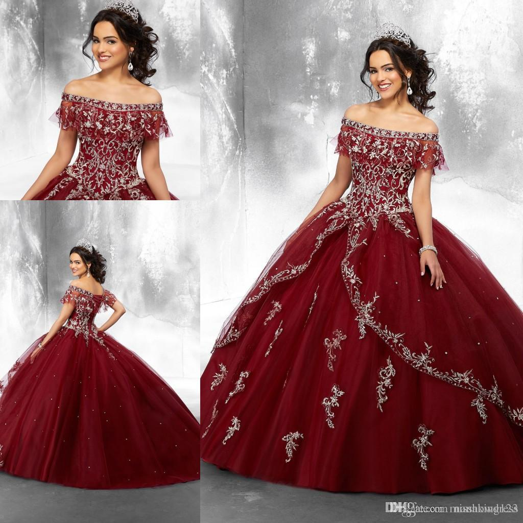 Burgundy Off Shoulder Tulle Ball Gown Quinceanera Dresses Embroidery Lace Applique Beaded Sweep Train Party Princess Prom Dresses Vestidos
