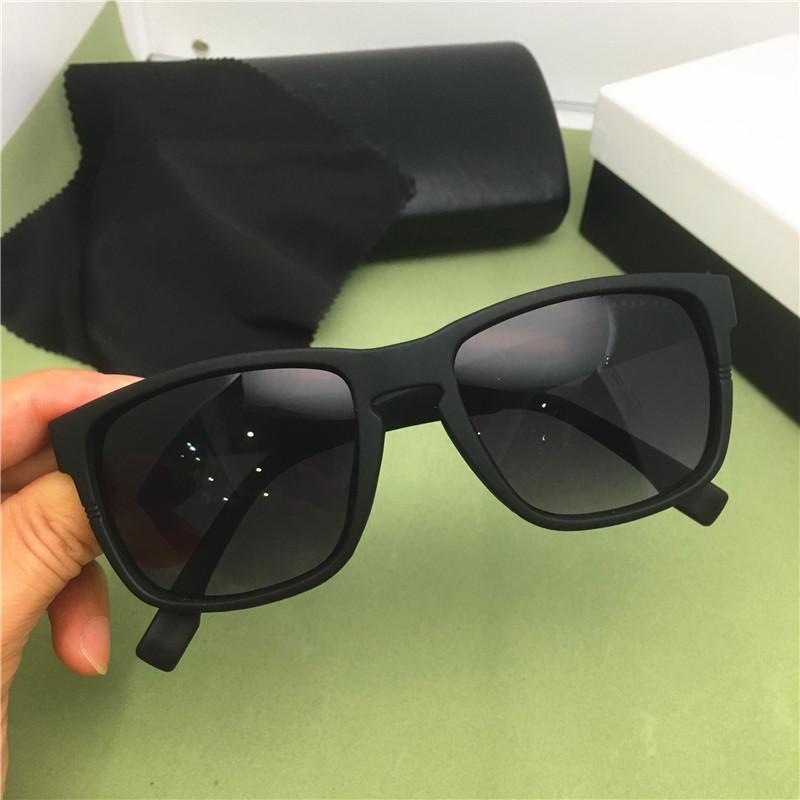 موضة جديدة فاخر مصمم النظارات الشمسية العلامة التجارية ذات جودة عالية الرجال الكلاسيكية النساء نظارات الشمس الكلاسيكية الاستقطاب النظارات الشمسية في الهواء الطلق مربع 0916S