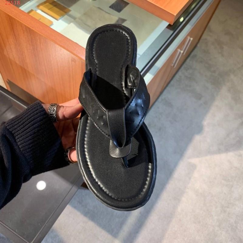 Горячие Sale-Fashion прохладный белый и черный цвет соломенная слип-шлепанцы спортивные тапочки летние сандалии классический стиль мужская обувь Размер 38-46