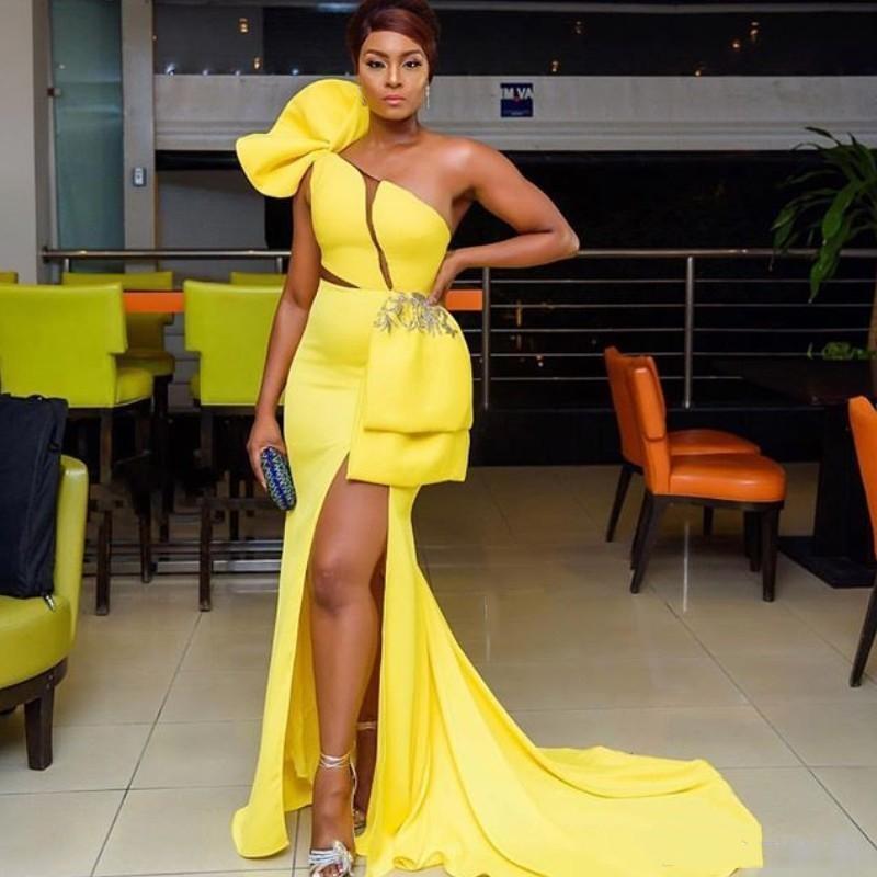 2020 Сплит Длинные платье одно плечо рукавов аппликация Формальные вечерние платья Sexy Южноафриканский Русалка партии мантий