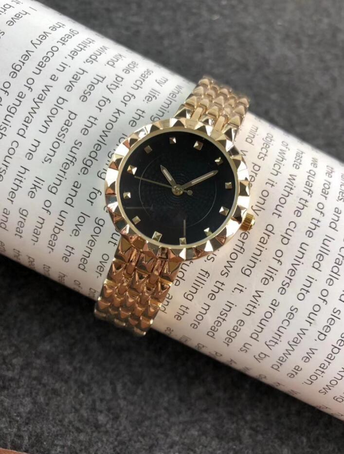Art und Weise Frauen-Uhr-Edelstahl 30mm beiläufige Quarz-Uhren Bewegungs-Chronograph-Frauen-Männer Einfach Joker Uhren Gold Silber Uhr