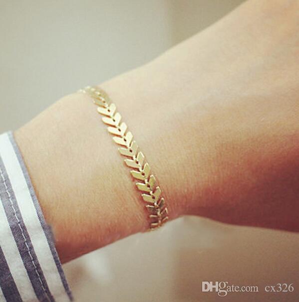 Gold Silber Metall Pfeil Armbänder Armreifen für Frauen Punk Blätter Kette Pailletten Armband Fishbone Flugzeug flache Kette Schmuck