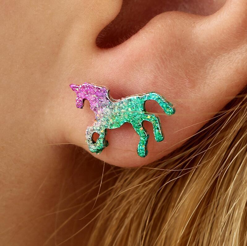 유행 다채로운 반짝이 에나멜 유니콘 귀걸이 여성을위한 귀여운 동물 말 스터드 귀걸이 쥬얼리 Oorbellen 선물 Brinco Feminino