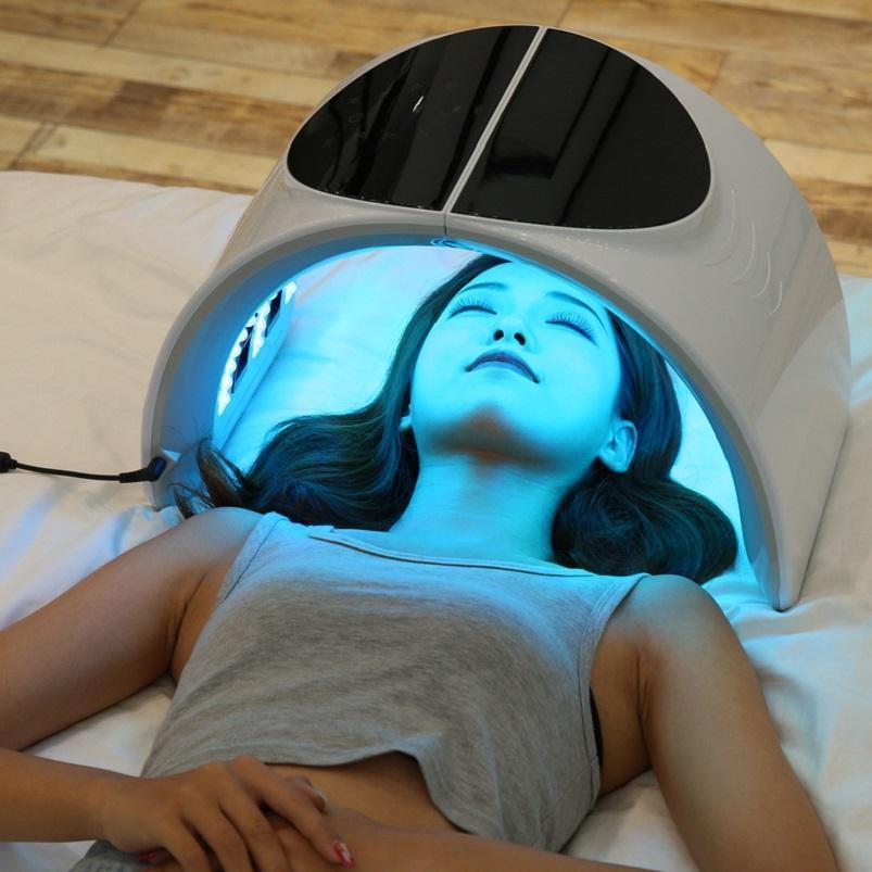 PDT اللون LED ضوء قناع الوجه فوتون العناية بالبشرة آلة الجمال PDT العلاج تجديد الجلد حب الشباب مزيل المضادة للتجاعيد